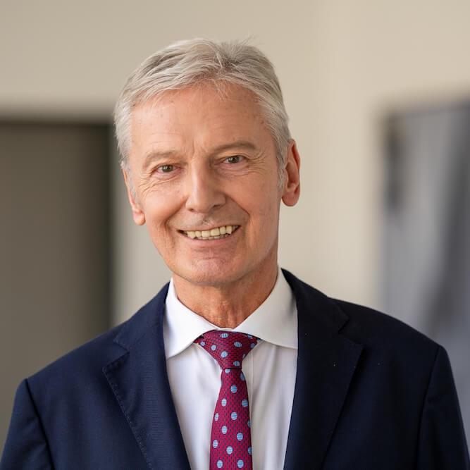 Emil Schmalfuß