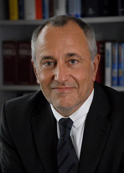 Dr. Volker Arndt