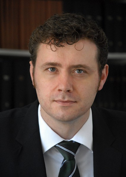 Dr. Lars Düwel