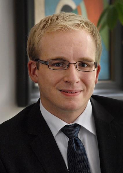 Dr. Christian Vahl